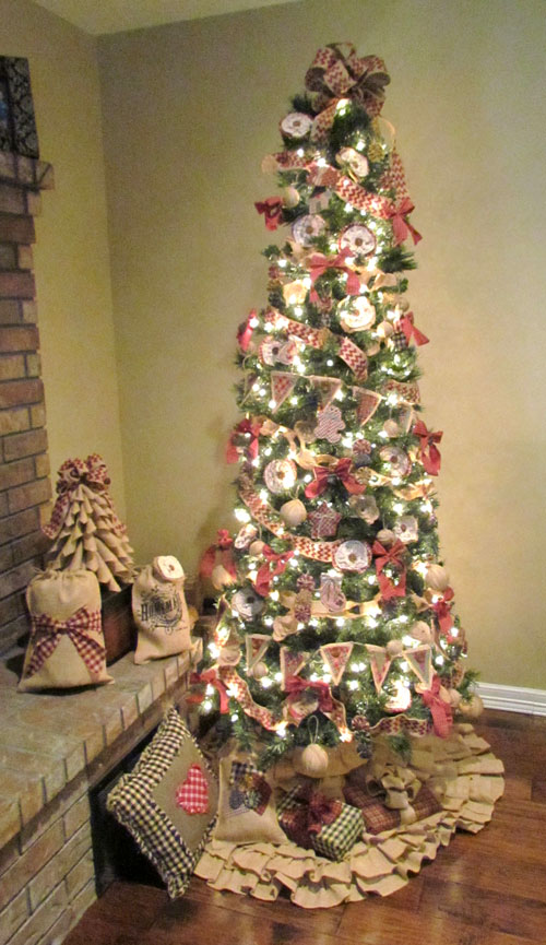 Burlap & Homespun Christmas Tree Decorations « Rags-n-Rhinestones